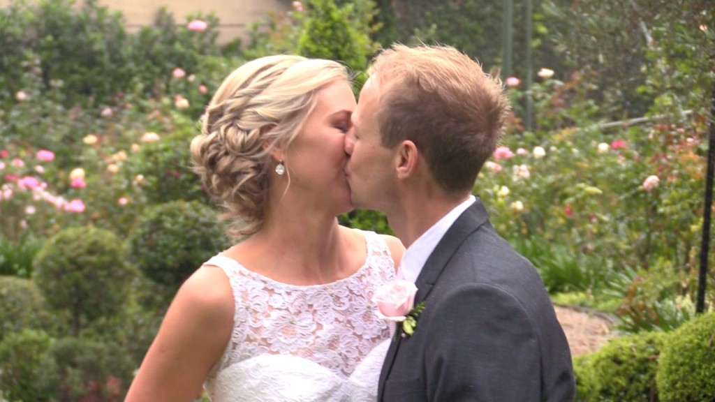 In The Moment – Chris & Robyn